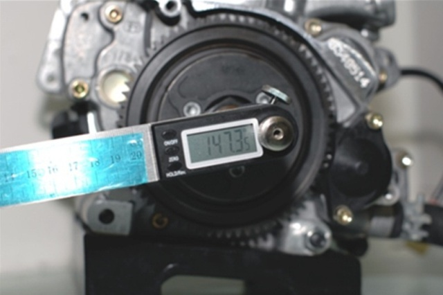 stella_digitaltiminggauge_01.jpg